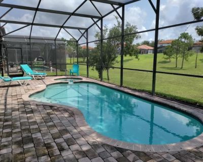 4 Bedroom 3 Bath House w/ Private Pool and spa Near all the Major Attractions! - Four Corners