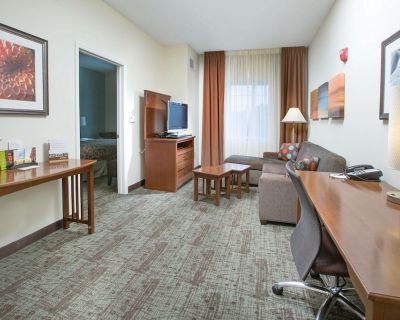 Suite with Conference Space Near Bush Field Airport   Free Daily Breakfast - National Hills