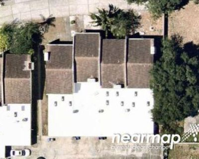 Preforeclosure Property in Tampa, FL 33614 - Townhouse Ct
