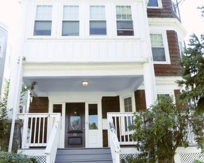 AVAILABLE 9/1 -5BED/1BATH IN Roxbury- Pet Friendly & Updated Appliances!!