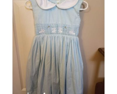 Bunny smock dress size 4