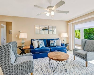 Close to Beach, New Listing, Newly Remodeled, Beach Gear, Semi-private Heated Pool, BBQ Grill & Wifi - Bonita Springs