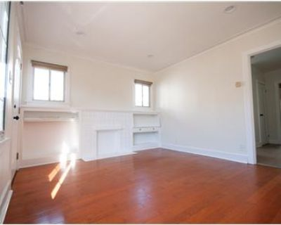 Silver Lake 1bd Duplex with Washer/Dryer in Unit