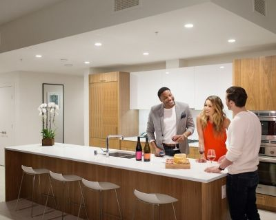 Two Bedroom Executive Corner Suite - Downtown Los Angeles