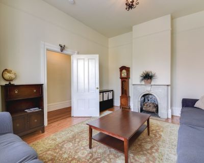 In the Heart of SF! 3BR Victorian Style House - Mission District