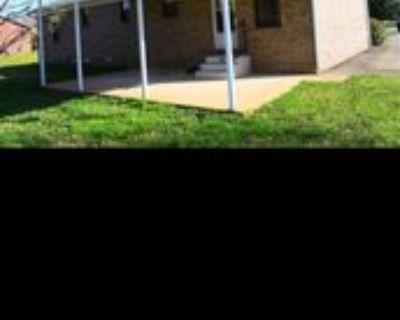 52 University Cv, Jackson, TN 38305 3 Bedroom House