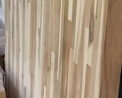 Solid Butcher Block countertop APPROXIMATELY 4 1/2 ft long and 25 wide.