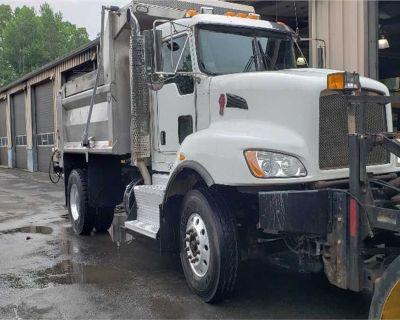 2013 KENWORTH T470 Plow, Spreader Trucks Truck