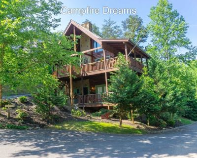 LUXURY 2 KING BEDROOM SUITE CABIN--BOOK CAMPFIRE DREAMS TODAY FOR FALL & WINTER - Pigeon Forge