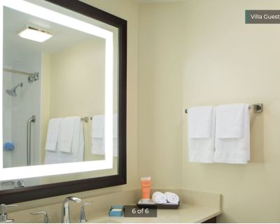 2 BR at Marriott's BeachPlace Towers - Central Beach