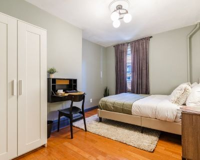 Fully Furnished Queen Room in Chelsea #258C