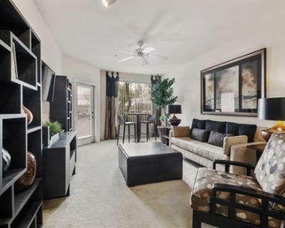 Brand New Phoenix Suite + Resort-style Amenities