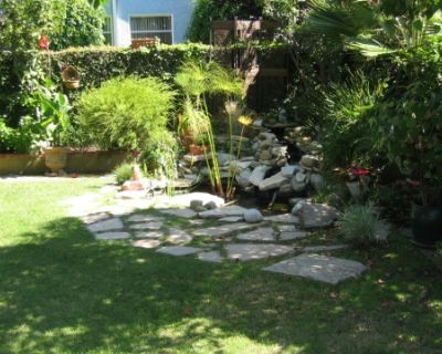 Beautiful outdoor space, have the feel of the tropics in Culver City, Culver City, CA