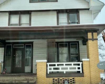 824 Blackford Avenue C