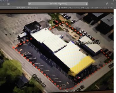 Commercial 10,000 sq ft Strip Center