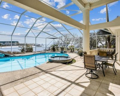 Spacious House with Private Pool, Boat Slip, Large Dock, Come Relax and Play in this Beauty! - Escambia County