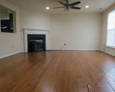 Condo for Sale in Germantown, Maryland, Ref# 201326566
