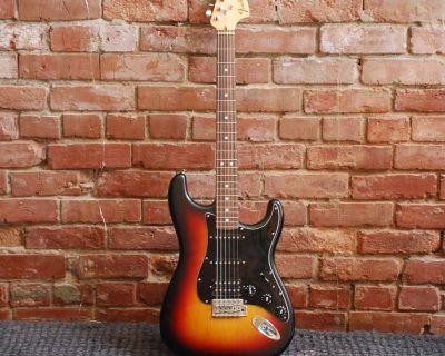 Fender Strat (Highway One) American made