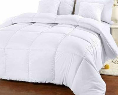 King size quilted Down Alternative Comforter