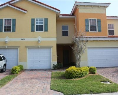 Beautiful 3-Bedroom Townhouse 10 Minutes from the Beaches HDTV WiFi - Fort Myers