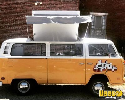 Gorgeous Vintage 1973 - 15' VW Transporter Bus Catering Food Truck