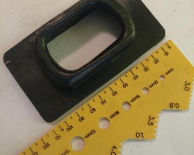Shifter sealing boot