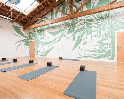 Spacious Yoga Studio in the Heart of San Francisco - 30 Foot Ceilings and Abundant Natural Light, San Francisco, CA
