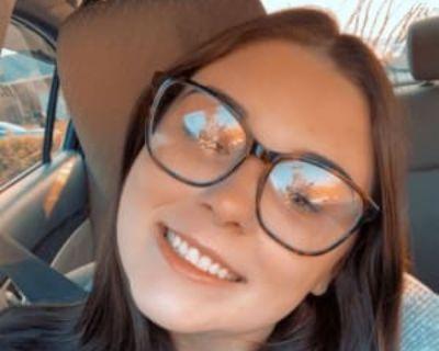 Ryleigh, 19 years, Female - Looking in: Chesapeake Chesapeake city VA