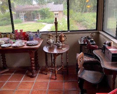 Antique and Vintage in Altadena