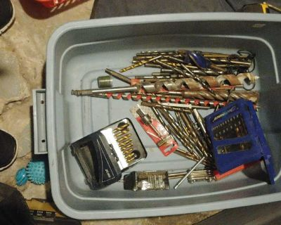 100$ of Hand Tools Make Offers