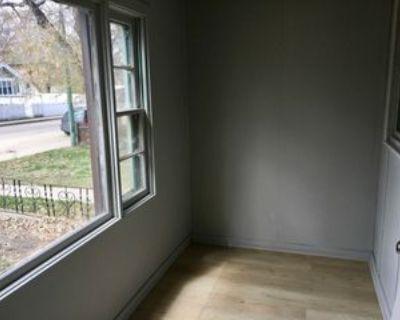 827 Cameron St #1, Regina, SK S4T 2S4 2 Bedroom Apartment