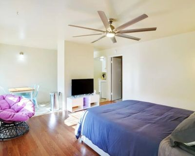 Perfect Private Suite Near Downtown Mountain View! - North Whisman