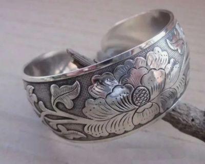 Silver tone peony flower cuff bracelet adjustable
