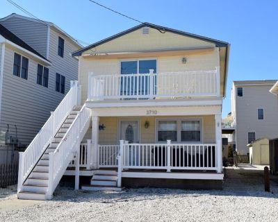 Beautiful Center of Town 3 Bedroom 1.5 bath First Floor Duplex - Sea Isle City