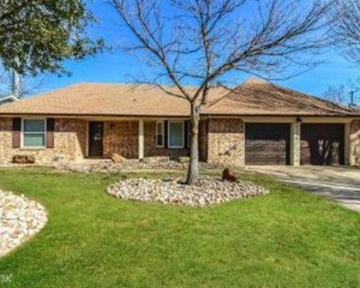 2517 Smouldering Wood Dr, Arlington, TX 76016 3 Bedroom House