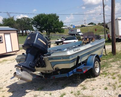 Glastron boat 17.5 ft 150hp Evenrude