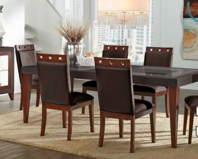 Sofia Vergara Dining Room Table With 6 Chairs