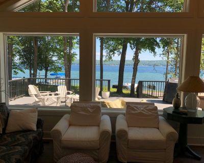 Beautiful new lakefront home! - Boyne City