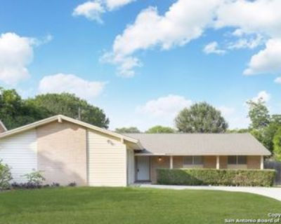 5326 Timber Trl, San Antonio, TX 78228 3 Bedroom Apartment