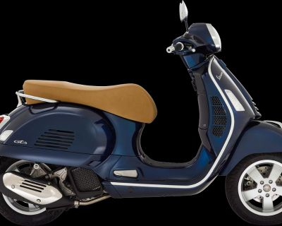 2022 Vespa GTS 300 HPE ABS Scooter West Chester, PA
