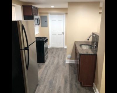 Fully Renovated Gorgeous 1 Bed Garden Unit in Cicero! Central Heat - Stainless Steel Appliances - Hardwood Floors