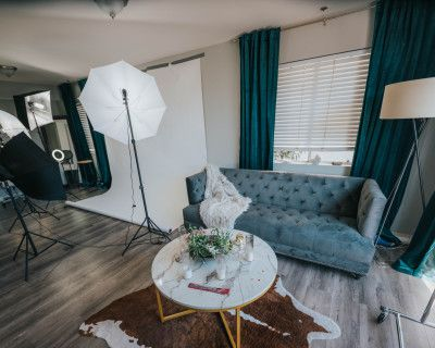Melrose Hill Townhouse For Photoshoots and Events, Los Angeles, CA