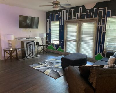 2 bed and 2 bathroom apartment with a patio walking distance to the beltline. - Sweet Auburn Historic District