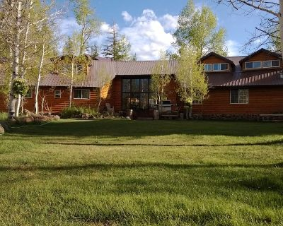 Alpine Forest Lodge Lodge / Great for Reunions, Family Retreats, Room fr Tents - Duck Creek Village