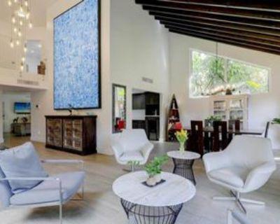 Salzedo St, Coral Gables, FL 33134 3 Bedroom House