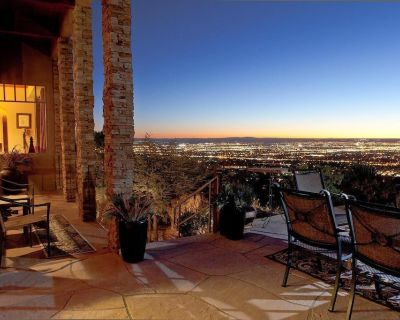 Best Views in ABQ! Stay in the Sky...NE Foothills - Glenwood Hills
