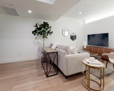Beautiful West LA apartment with on-site gym