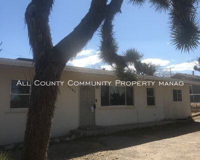 2 Bedroom 1 Bath Home for Rent in Yucca Valley!