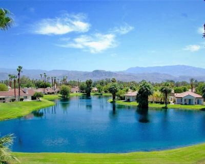 Chic Luxurious Townhouse with PHENOMENAL views. - Rancho Mirage