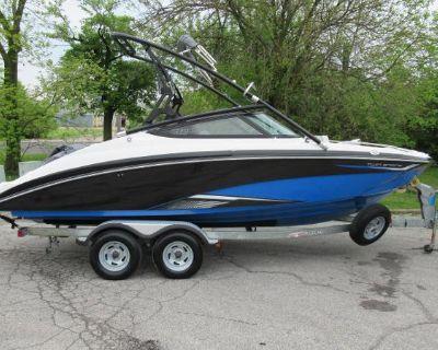 2016 Yamaha Boats 212X